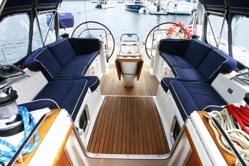 fully crewed sailing charters san juan islands